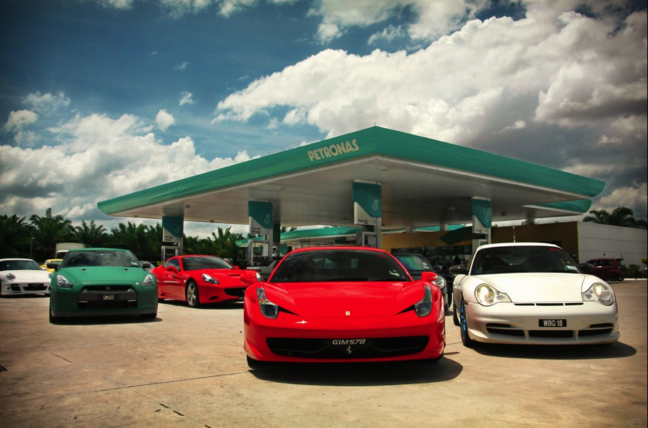 not-your-average-gas-station-66522_1