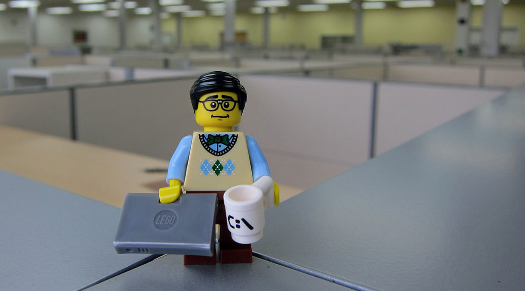 lego-minifig-programmer-by-wiredforlego-flickr-1038